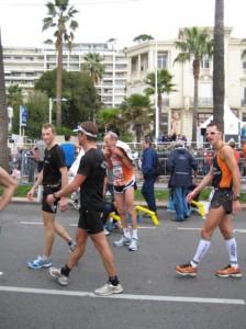 Horst und Olaf nach 3:02 im Ziel in Cannes