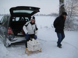 Bei Kilometer 10 steht warmer Tee bereit (Foto: Susanne)