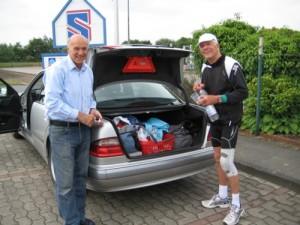 Zuverlässiger Begleiter: Guido und Klaus - trotz Knieverletzung eisern dabei