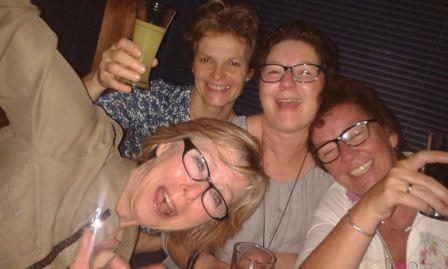 Vier Mädels in Hochform